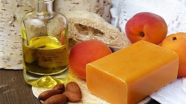 Essential Oils for Good Skin? You Bet!