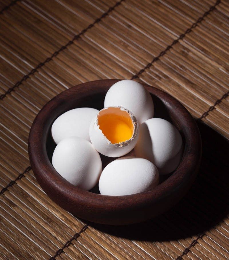 Natural hair care and eggs