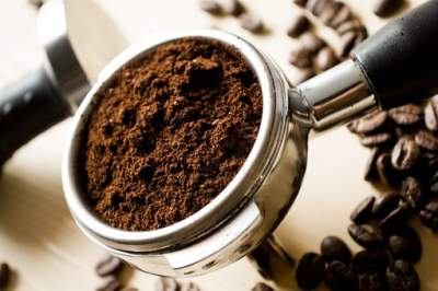 Do coffee grounds help cellulite?